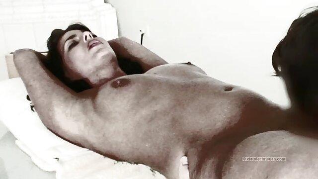 Porno sin registro  Amateur curvas esposa follada en porno amateir latino casero